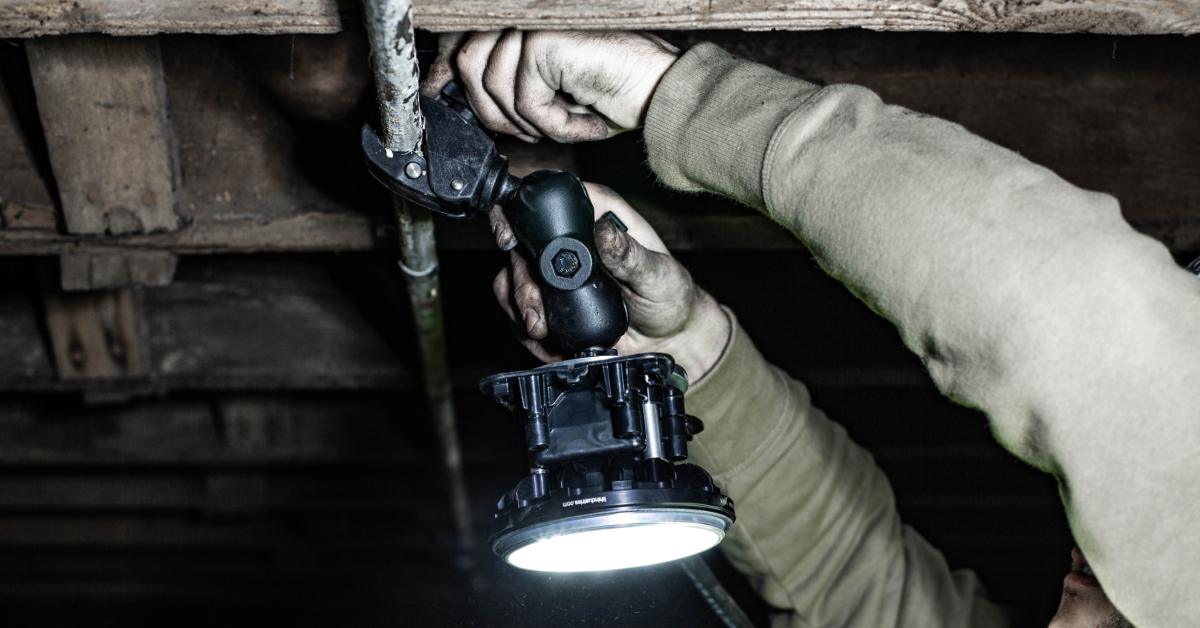 HazRay™ Handheld Single-Head LED Portable Explosion Proof Light with Articulating Clamp Mounting. Suitable for CID1 and CID2 Hazardous Locations.